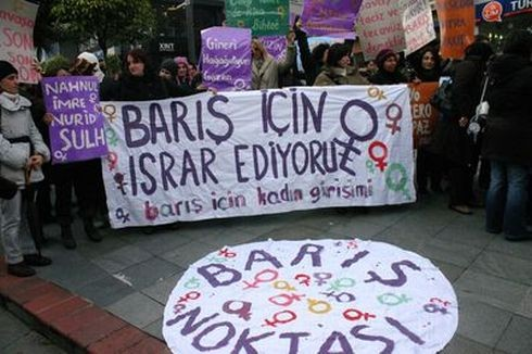 19_orgut_baris_icin_kadin_girisimi